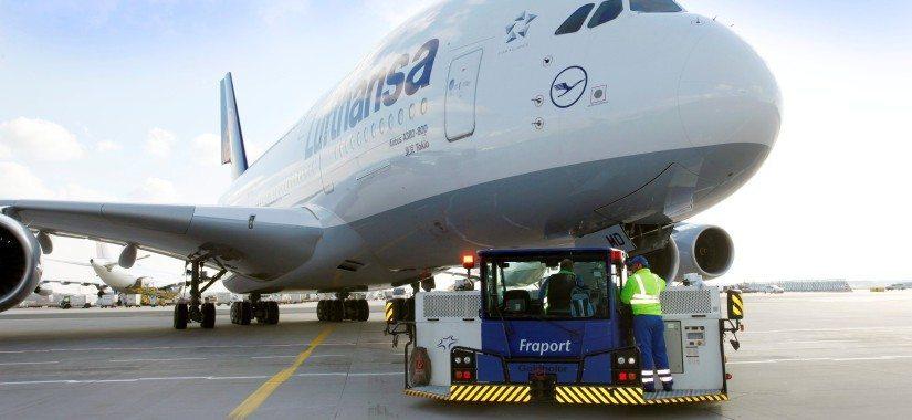 A380 cargo pushback